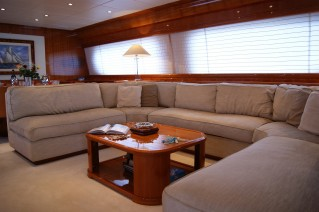 Yacht DILIAS -  Salon Seating